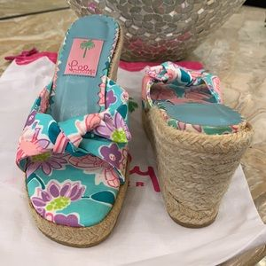 NWT Beautiful Lilly Pulitzer wedge shoes